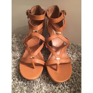 Steve Madden Coolness Wedge Size 10